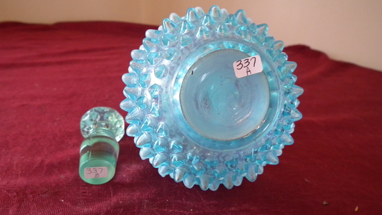 Fenton, blue & white opalescent hobnail cruet with stopper, unmarked, 6 1/2