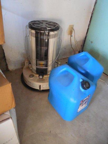 Kerosene Space Heater w/2 Kerosene Jugs