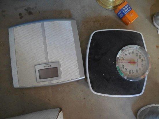 2 Vintage Scales