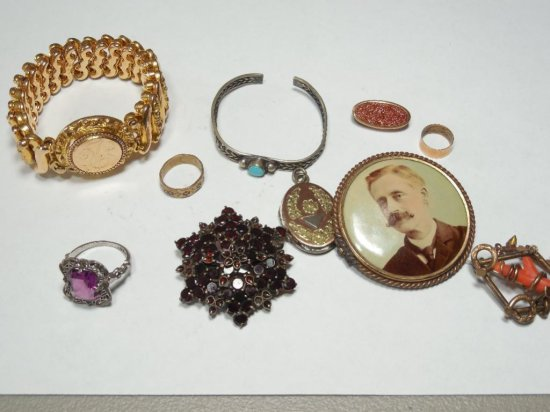 Lot of Good Antique Jewelry