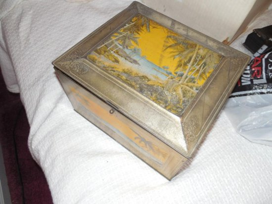 Old Tropical Themed Tin w/Sewing Materials Contents