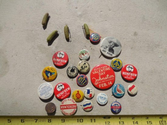 Group Lot Antique Advertising Buttons
