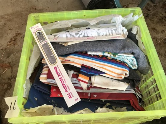 Large Lot Of Vintage Fabrics W/funky Patterns
