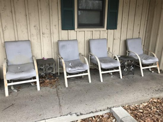 4 Patio Chairs & 2 Patio Tables Lot