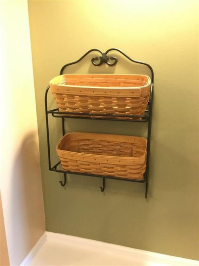 Vintage Longaberger wall shelf w/baskets