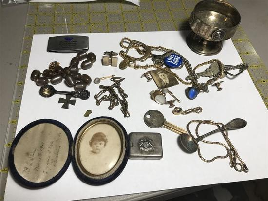 Large Lot assorted Smalls Sterling Silver, Photo