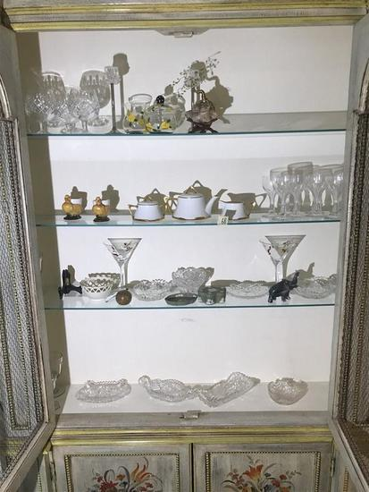 Contents of Upper Portion of Cabinet Lot