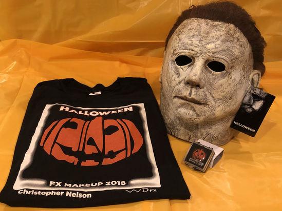 Halloween Movie Items Inc. Signed Mask