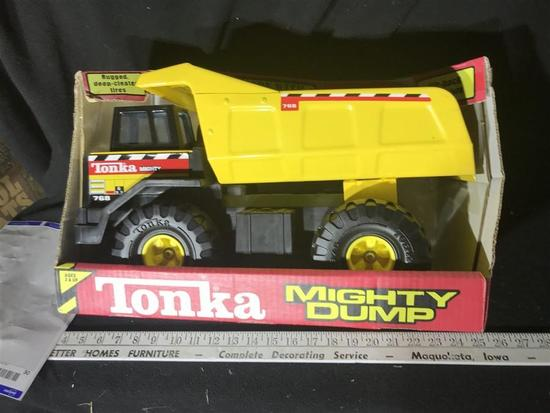 Tonka Mighty Dump Toy Truck In Packaging