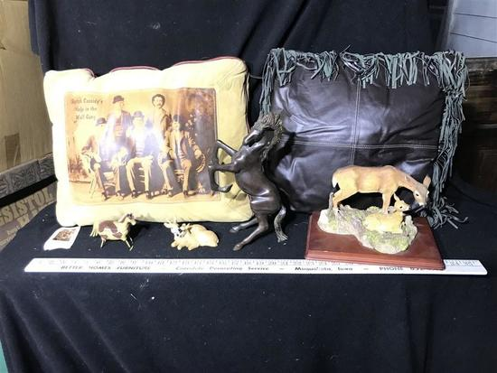 Group Lot Western Collectible Items Metal Horse