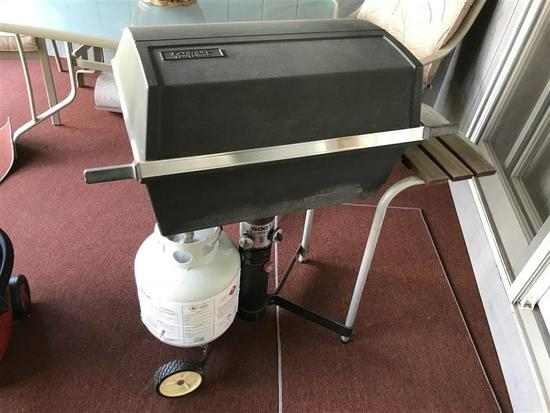 Kenmore Gas Grill with Tank