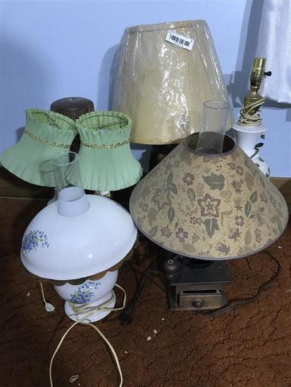 Group lot of vintage lamps inc. coffee grinder