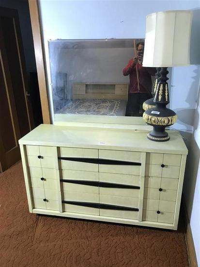 Vintage Dresser & Mirror MCM Mid Century Modern