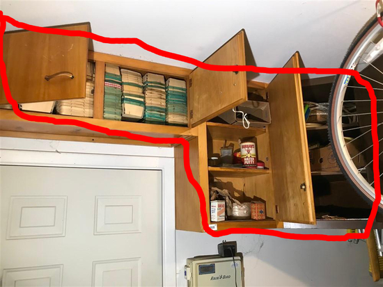 Contents of Cupboards Lot, Quart Containers etc