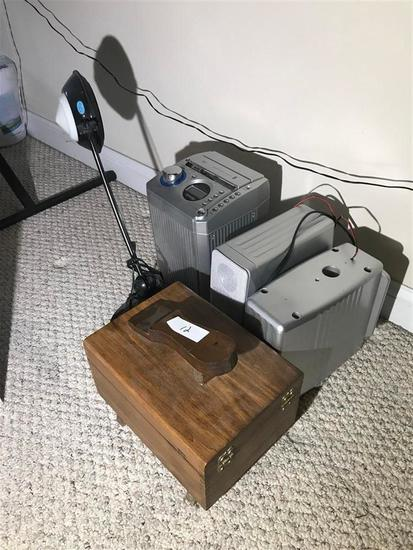 Group Lot Misc. Items, Shoe Shine, Lamp, Stereo