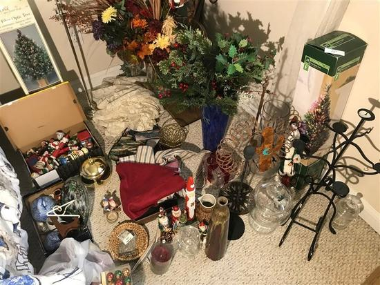 Large Lot of Decorative and Christmas Items