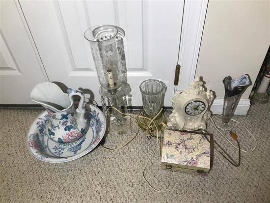 Group Lot Decorative Items Clock, Lamp etc