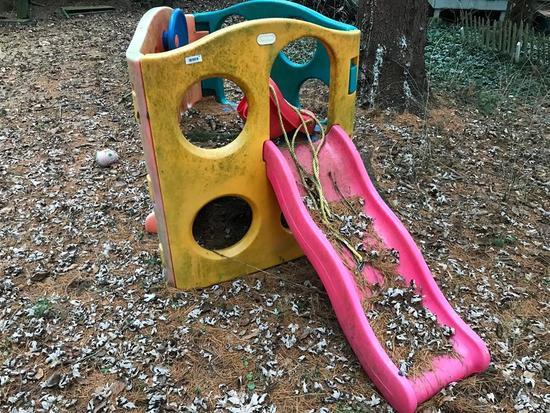 Vintage Plastic Child's Play Set