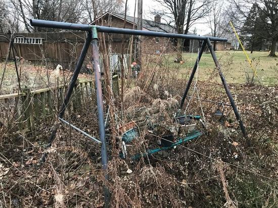 Metal Swing Set frame and Bench Swing