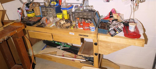 Tools etc on top of and inside of workbench