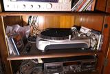 High end Accurian Turntable Record Player