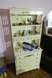 Vintage Dixie Furniture Dresser/Cupboard