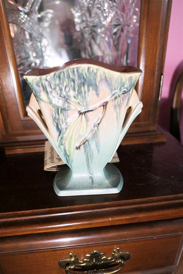 Nice Antique Roseville Pottery Fan Vase 778-7""