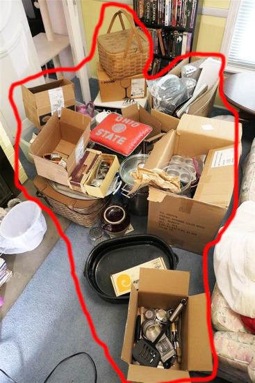 Very Large Lot Vintage, newer Kitchen etc Items