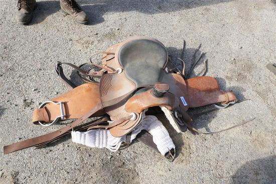 Nice Vintage Horse Saddle with Stirrups