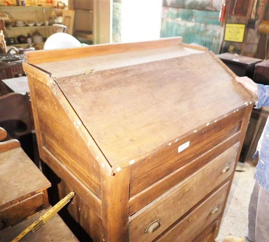 19th century Mule Chest Hinged Top Basket Pulls