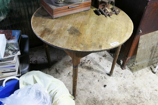 Antique Wooden Tavern Table w/Turned Legs