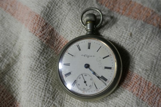Old Elgin Pocket Watch 18 size