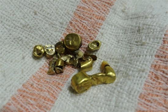 Bag lot Dental Gold 25 grams 18k+