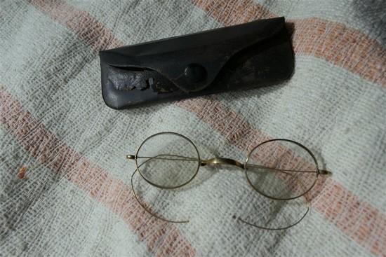 Pair 10k gold glasses
