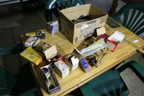Table Lot of Ammunition, Gun Items in box