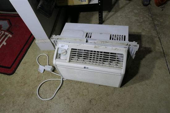 Window Mounted Air Conditioner