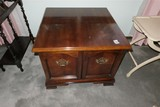 Lamp table Cabinet w/two doors