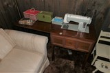 Sewing Machine & Accessories