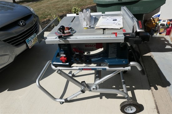 Bosch 4100 Table Saw on Gravity Rise Stand