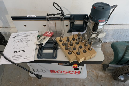 Bosch Router Table & Router RA1171