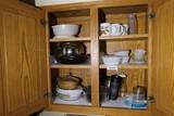Cupboard Contents Lot Inc. Pyrex