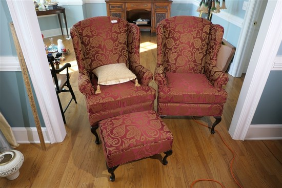 2 Matching Nicely Upholstered Armchairs