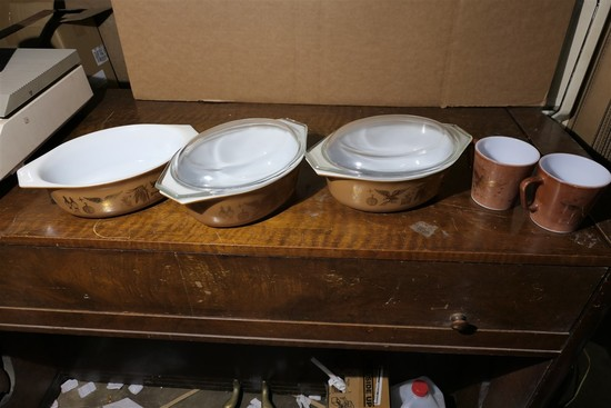 Large Lot Pyrex Cookware