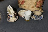Group Lot Early Glass, Ceramic Items