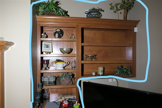Shelf contents - decorative items etc