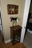 Wooden cabinets, shelf lot
