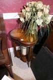 Nicer Side Table, Candle, vase