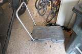 Rubbermaid Rolling Cart