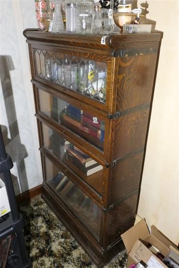 Very nice Globe Wernicke Barrister bookcase
