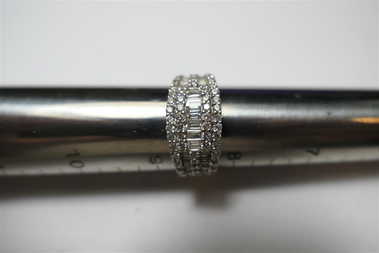 14k brilliant diamond white gold ring
